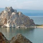 Скала Шаманка Ольхон Байкал